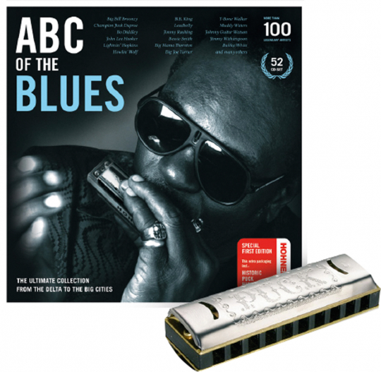 ABC Of The Blues. The Ultimate Collection From The Delta To The Big Cities. Limitierte Auflage mit »Original Hohner Puck Harmonica«. 52 CDs.