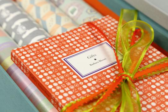 Barbara Bloom. Gifts. Vorzugsausgabe mit acht Geschenkpapieren.