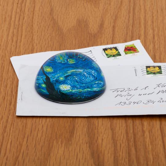 Briefbeschwerer van Gogh »Sternennacht«.
