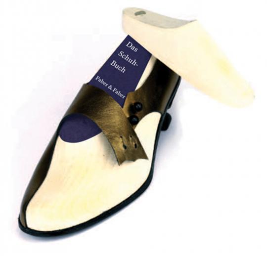 Das Schuh-Buch. Verrücktes Schuhwerk von unterschiedlichen Designern und Künstlern. Damenschuh.