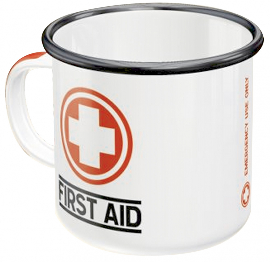 Emaille-Becher »First Aid«.
