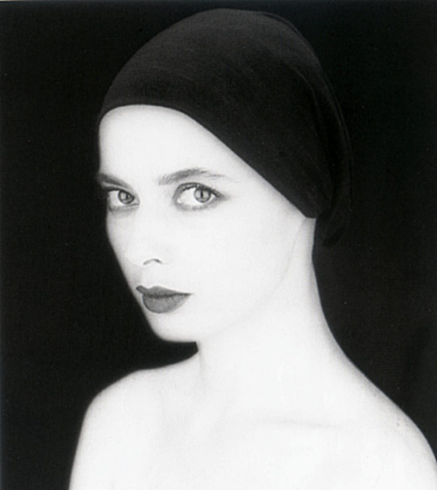 Isabella Rossellini - Looking at me
