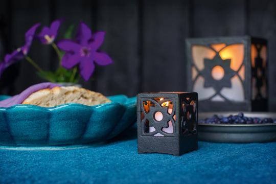 Kerzenhalter aus Gusseisen, klein.