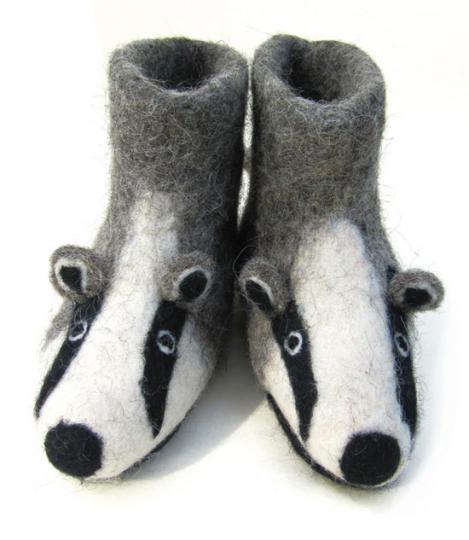 Kinderhausschuh »Billie Badger, der Dachs«. Gr. 22.