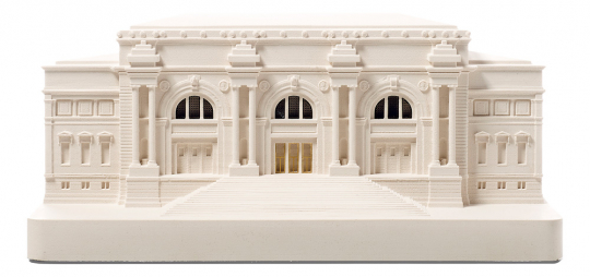 Modell-Replik und Buchstütze »Metropolitan Museum of Art.«