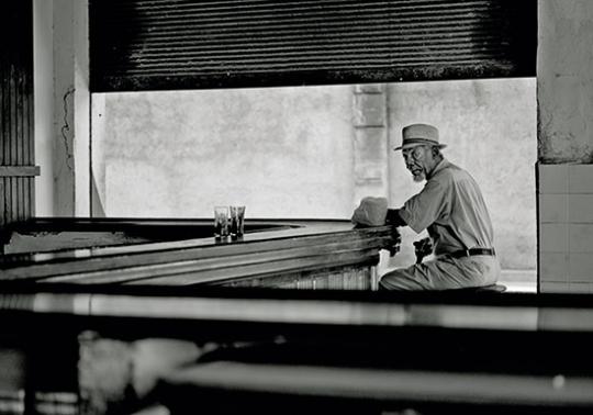 Olaf Heine - Barfly, Havana, Cuba.