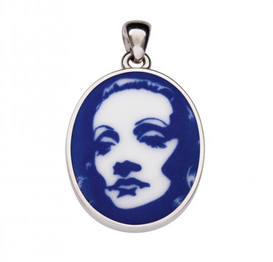 Porzellan-Medaillon »Marlene«.