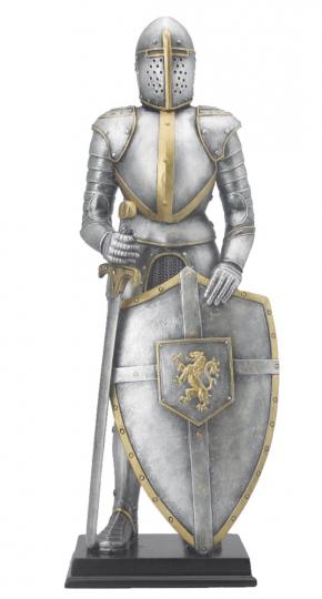 Ritter in Rüstung mit Schwert und Schild