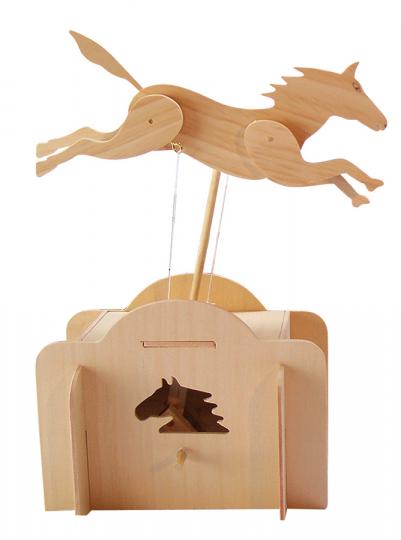 Springendes Pferd. Holzkonstruktion.