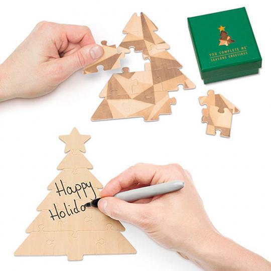 Tannenbaum-Puzzle mit Grußbotschaft, grün.