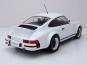 Porsche 911 Plain-Version 1982. 1:18. Bild 3