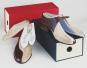Das Paar Schuhe. Box mit Herren- und Damen-Schuh. Bild 6
